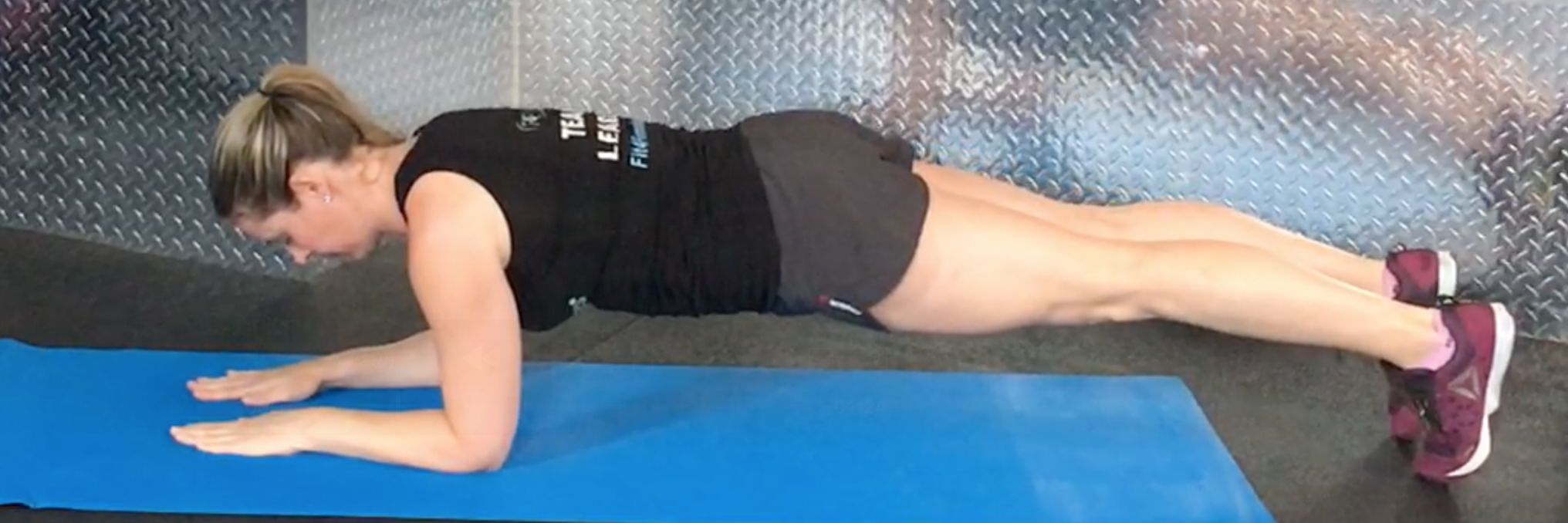 abs-core-1c-Full-Side-Plank-T-set up